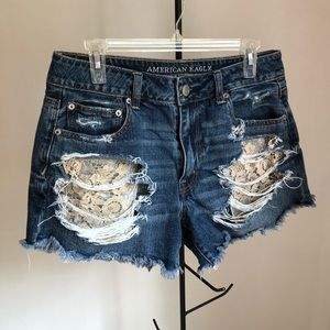 Festival High Rise Shorts with lace pockets